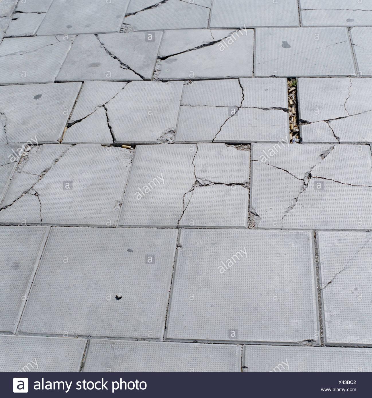 Abgeplatzte Pflaster Stockbild