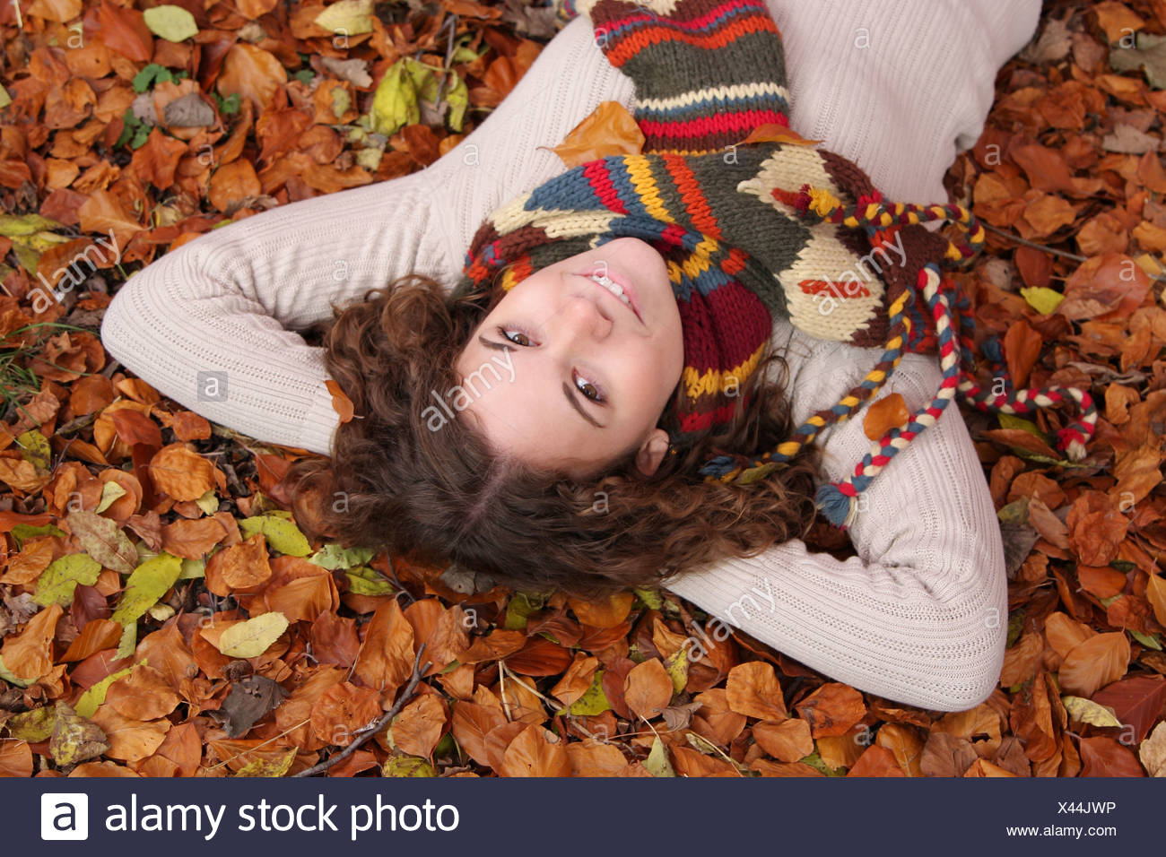 Entspannen im herbstlichen Stock Stockbild