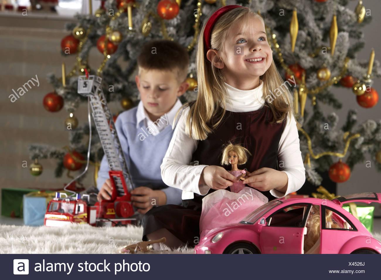 Weihnachten Living Zimmer Kinder Sitzen Weihnachtsgift Spendende