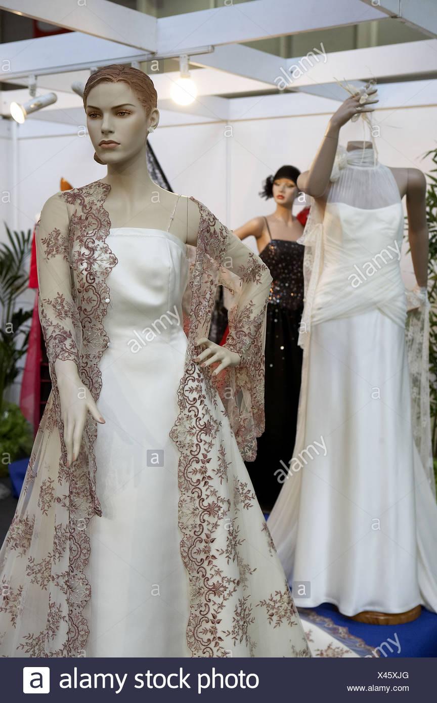 Atemberaubend Srilankische Brautkleider Galerie - Brautkleider Ideen ...