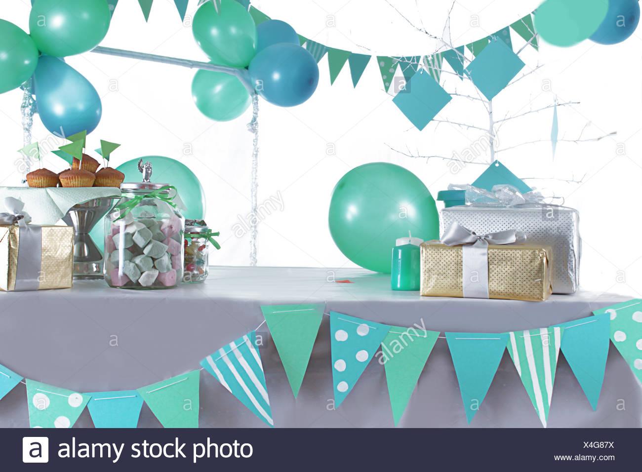 Party Candy Bar Stockfotos & Party Candy Bar Bilder - Seite 3 - Alamy