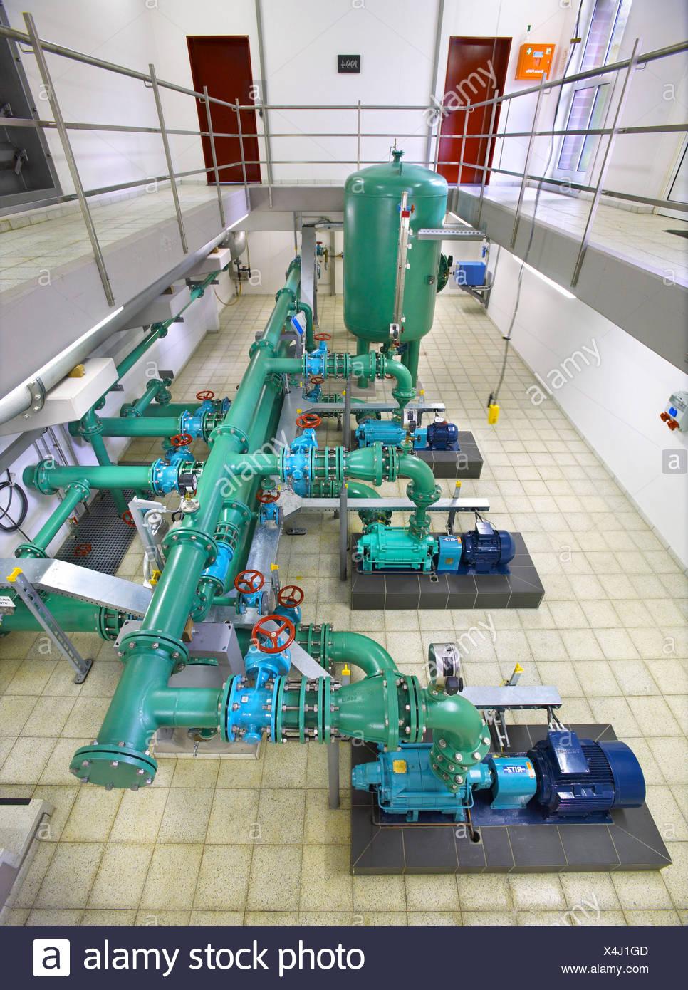 pumpen im wasserwerk stockfoto, bild: 278220893 - alamy