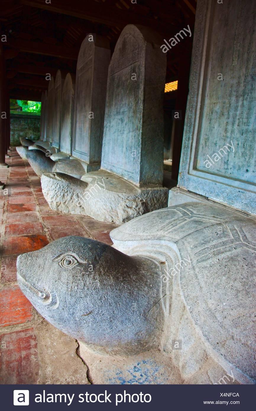 Denkmal für einige waren Schüler von Van Mieu Literatur Tempel erinnern. Hanoi. Vietnam. Stockbild