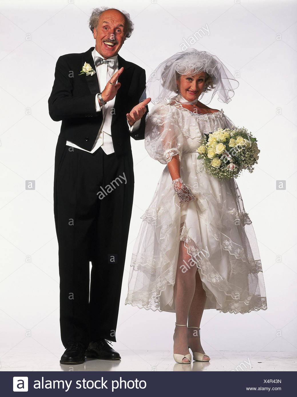 Ziemlich Brautkleider Für Senioren Ideen - Brautkleider Ideen ...