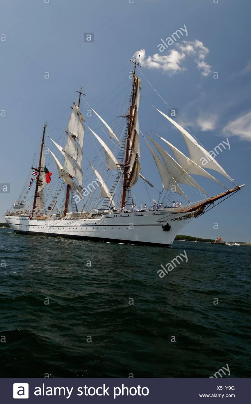 Parade Schiff hoch hohe Segelboot Segelboot Ruderboot Boot