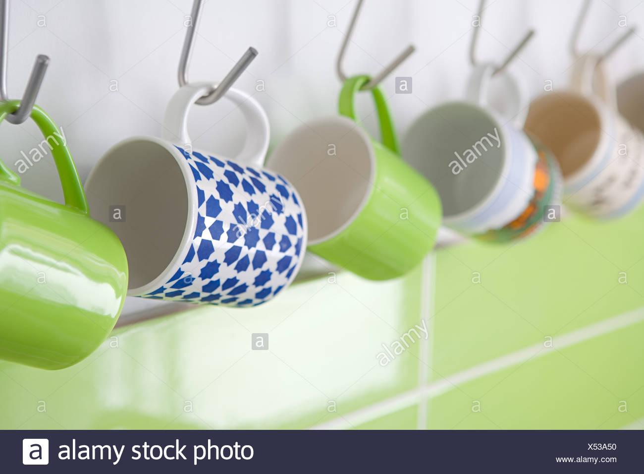 Tassen Die Haken Hängen Stockfoto Bild 278513004 Alamy