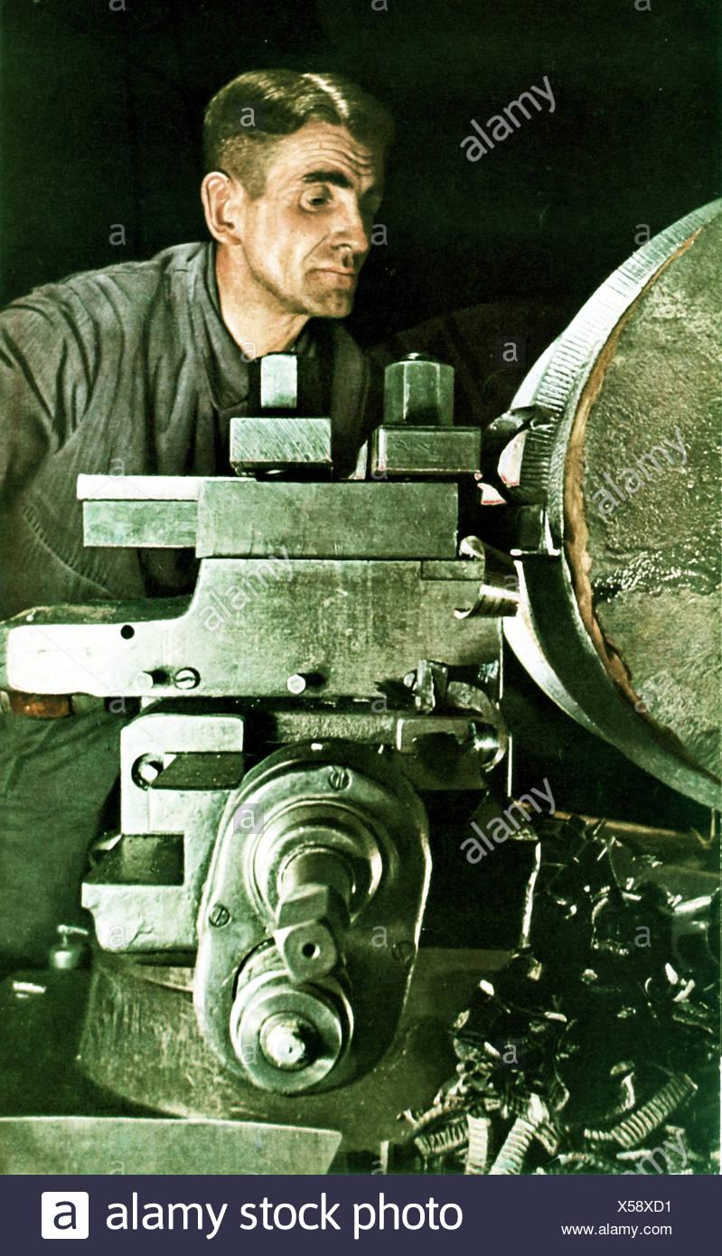 Deutsch, Metall, Arbeiter, Krieg, 1941, Waffe, Produktion, Industrie, Deutschland Stockbild