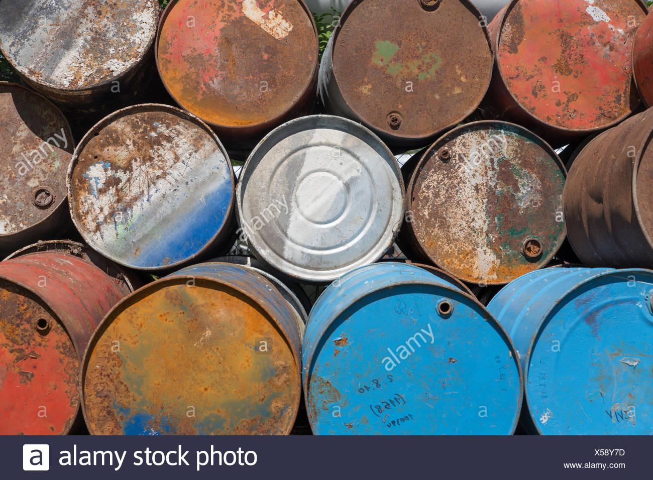 Beliebt Bevorzugt Benzinfass Stockfotos & Benzinfass Bilder - Alamy #IG_27