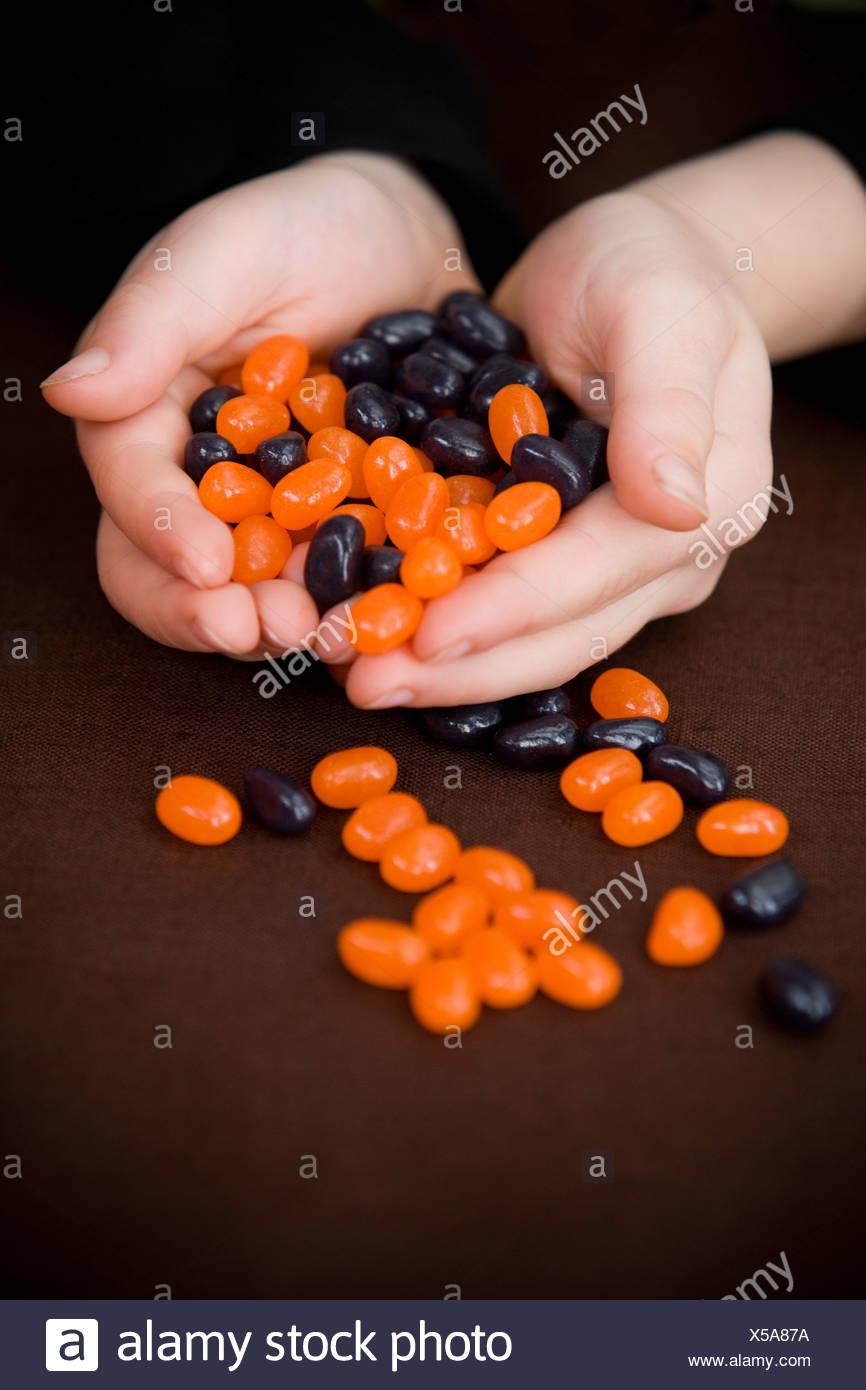 Sweets For Halloween Stockfotos & Sweets For Halloween Bilder - Alamy