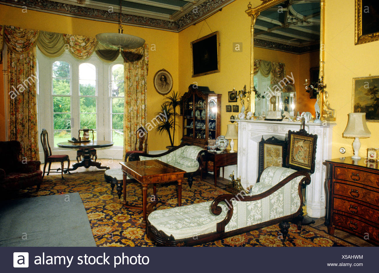 Victorian Manor Stockfotos & Victorian Manor Bilder - Alamy