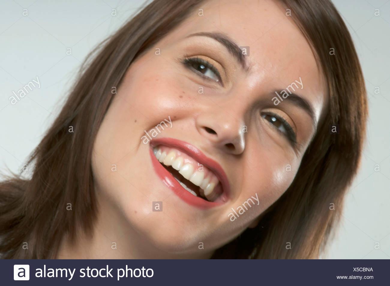 Augen braune welcher lippenstift braune haare blaue augen