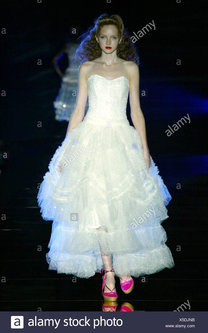 Großzügig Kleid Zu Einer Hochzeit Im Sommer Tragen Galerie ...