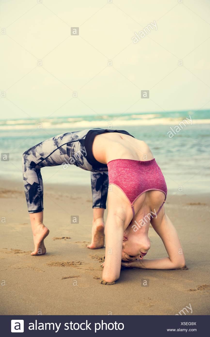 Yoga-Meditation-Konzentration-friedliche Ruhe und Entspannung-Konzept Stockbild