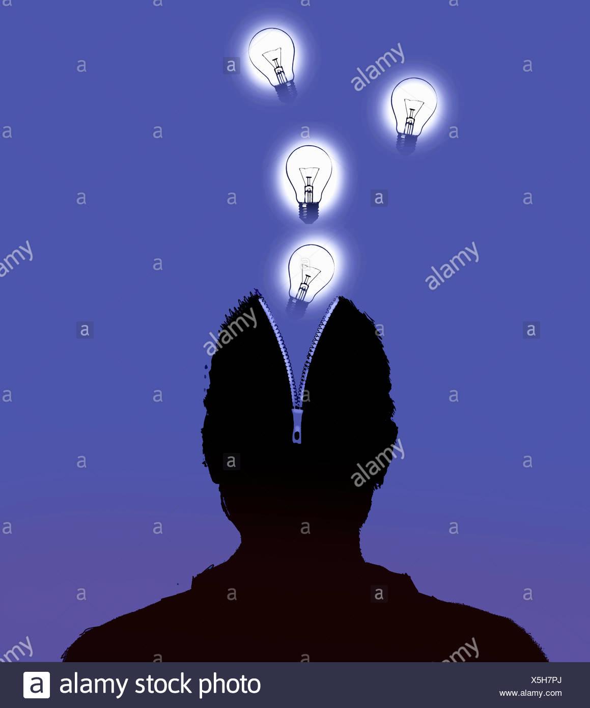 Glühbirnen aus offenen Reißverschluss im Kopf des Mannes Stockbild