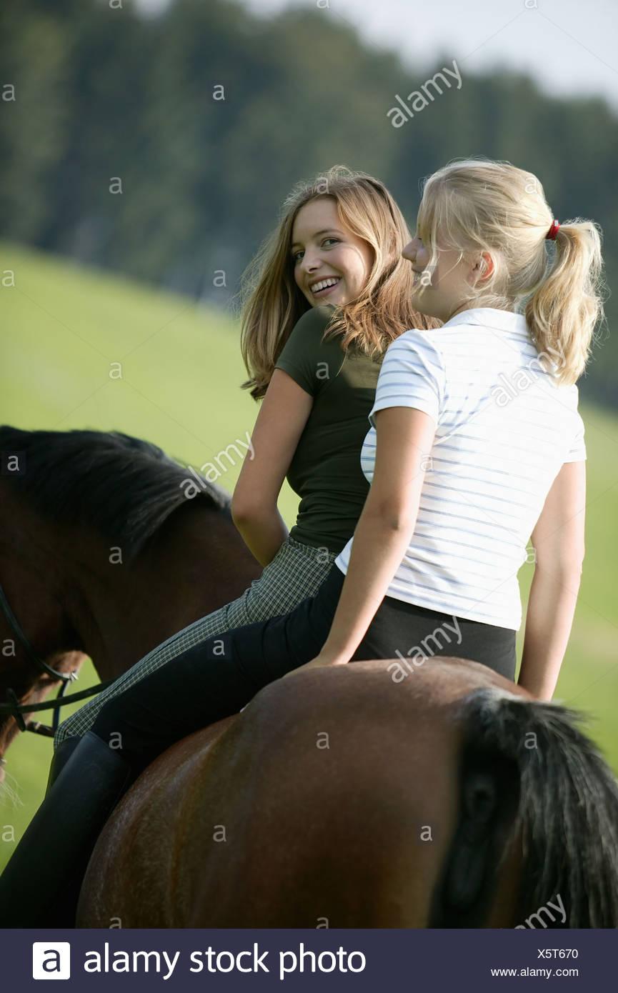 Pferde frauen sanrirolec: Frauen