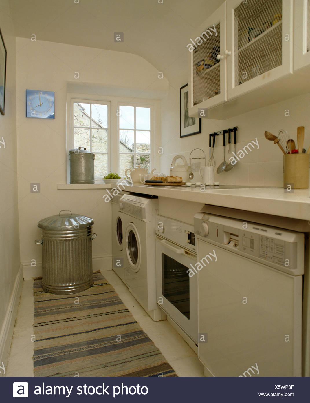 Geschirrspuler Und Backofen Mit Waschmaschine In Zeile Der Gerate In