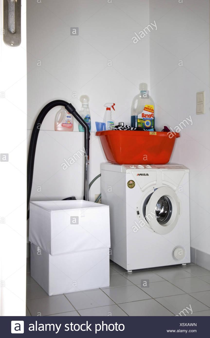 Badezimmer Mit Waschmaschine, Bad Mit Waschmaschine