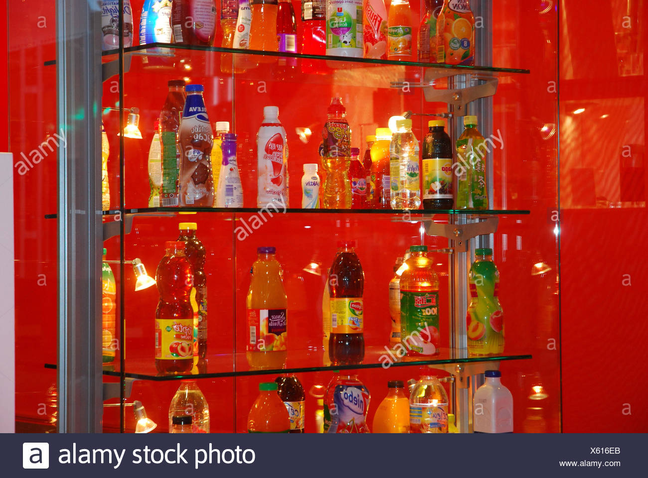 Getrankeindustrie Pet Flaschen Verschiedene Formen Regal