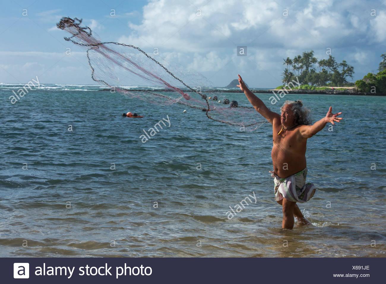 Molokai, lokale, Polynesian, kein Model-Release, Mann, Angeln, USA, Hawaii, Amerika, Fischer, Stockfoto