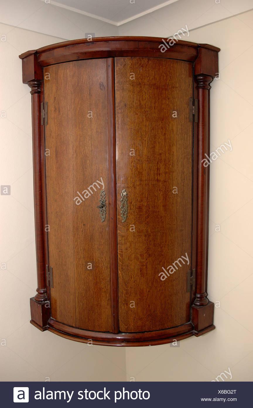 Nahaufnahme Des Antiken Eckschrank Stockfoto Bild 279307920 Alamy