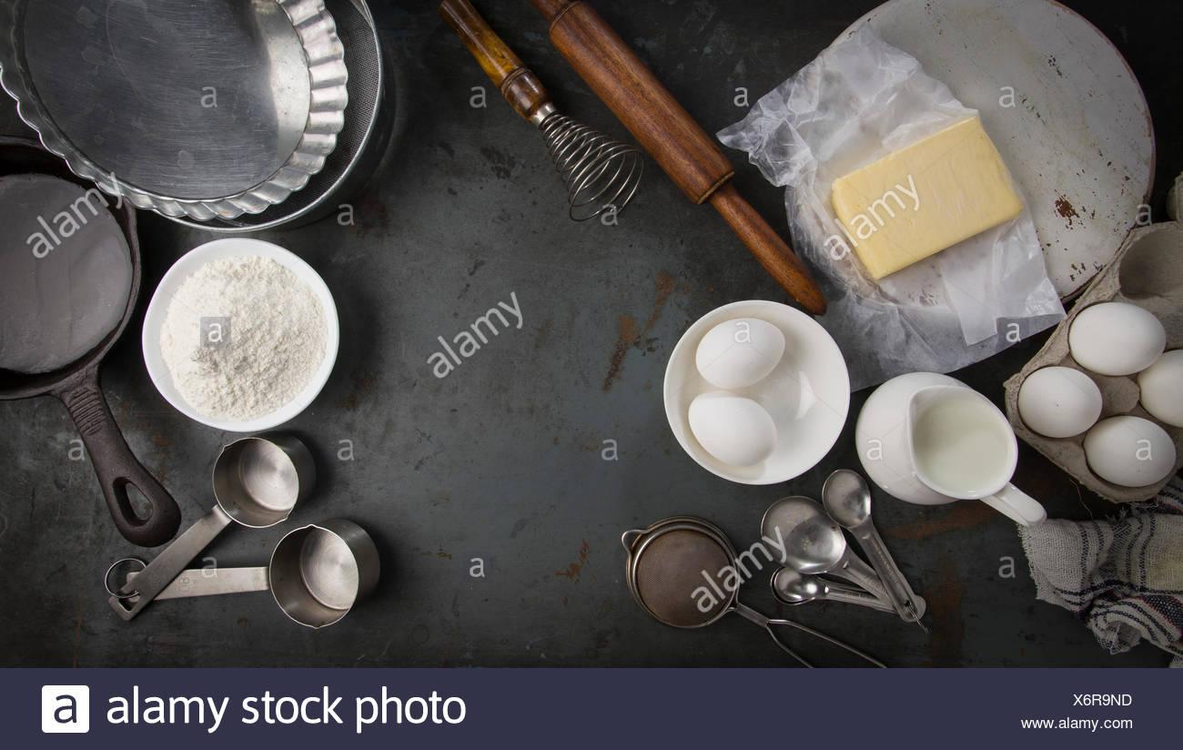 Zutaten für das Backen von Kuchen. Mit Textfreiraum. Lange horizontale für Schieberegler Stockbild