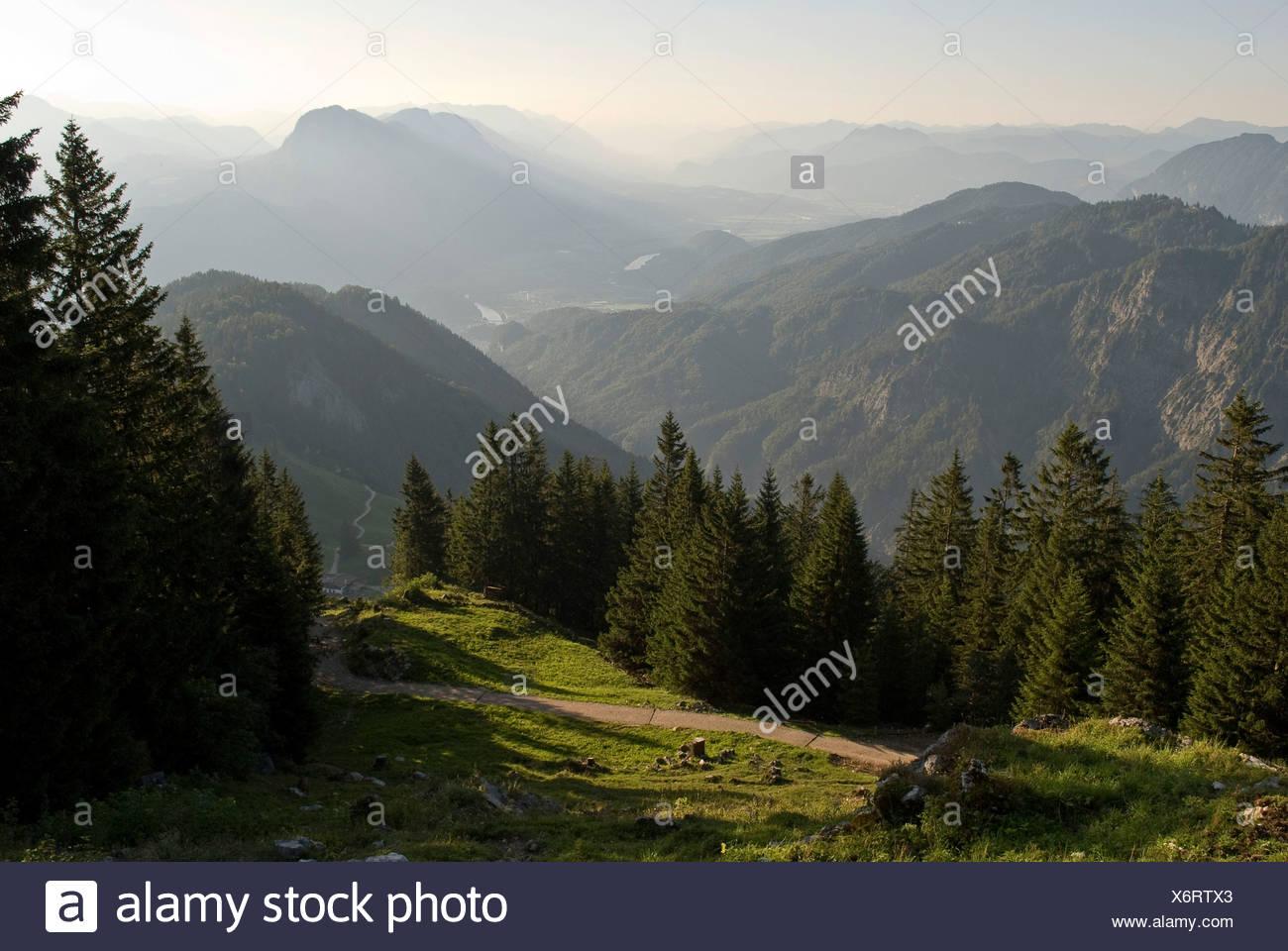 Kaisergebirge Bergen, Blick von der Vorderkaiserfeldenhuette Alm, Kufstein, Österreich, Europa Stockbild