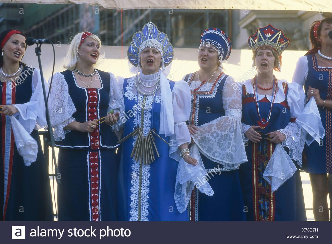 Menschen Singen Deutschland Dresden Folkloregruppe Russische