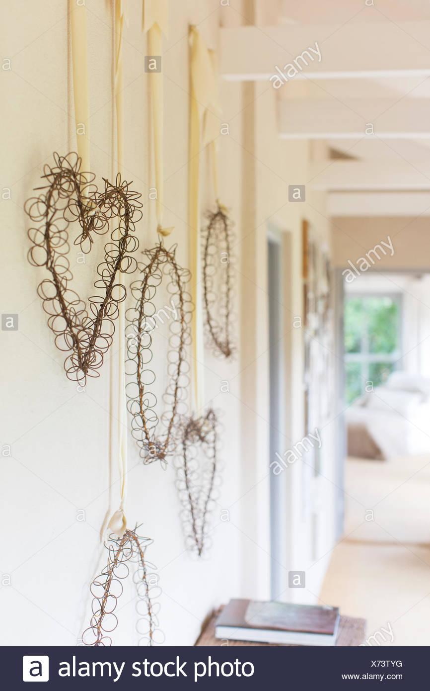 Wandbehänge in rustikalen Flur Stockbild