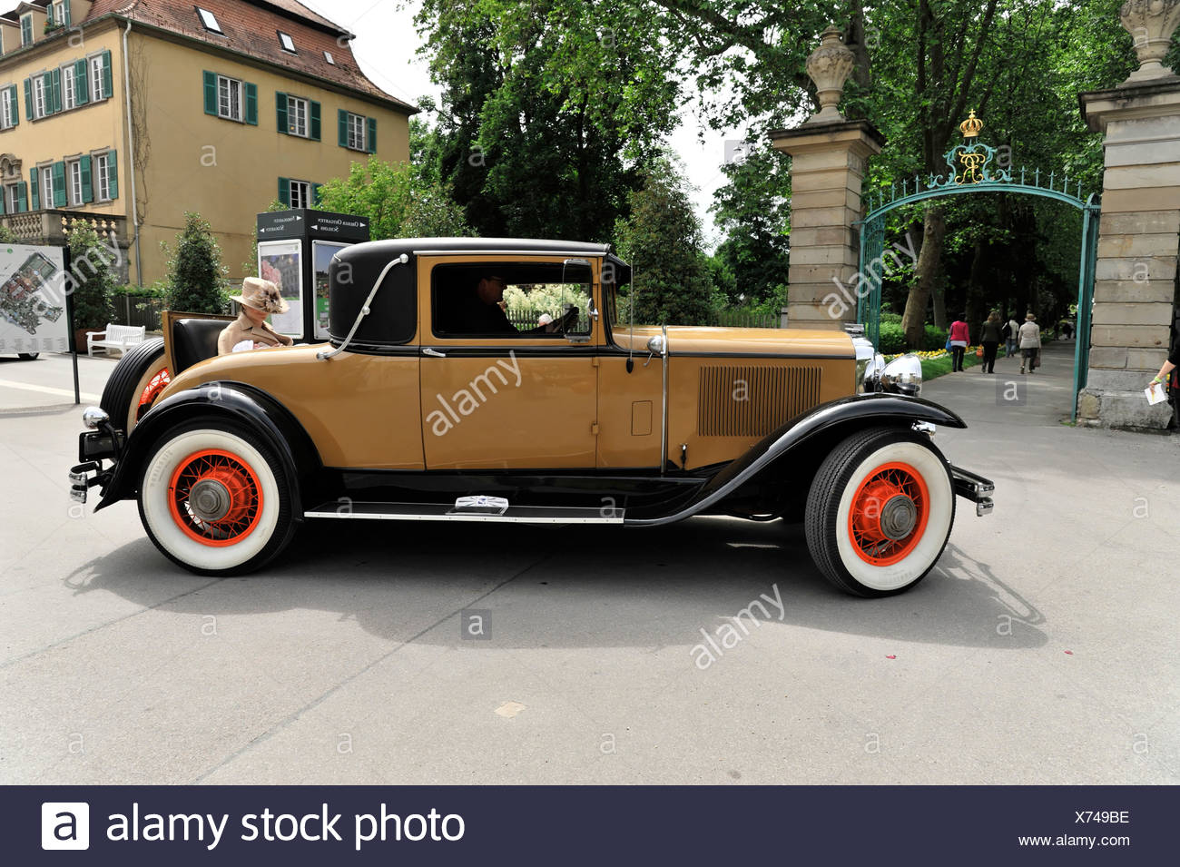 buick serie 64 c country club coupe, baujahr 1930, oldtimer, retro