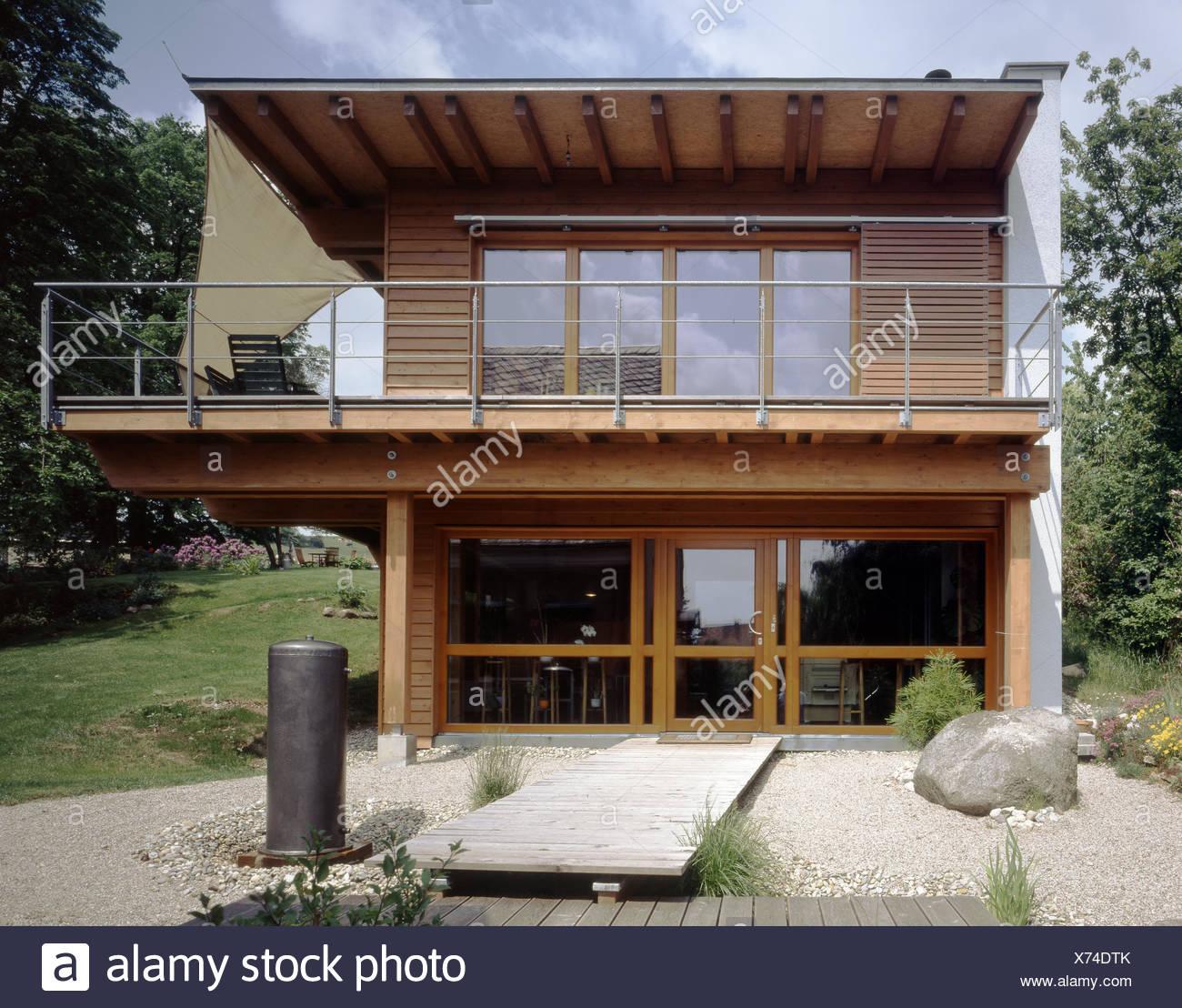 Etwas Neues genug Wohnhaus, außerhalb, Flachdach, Balkon, Steingarten @QV_66