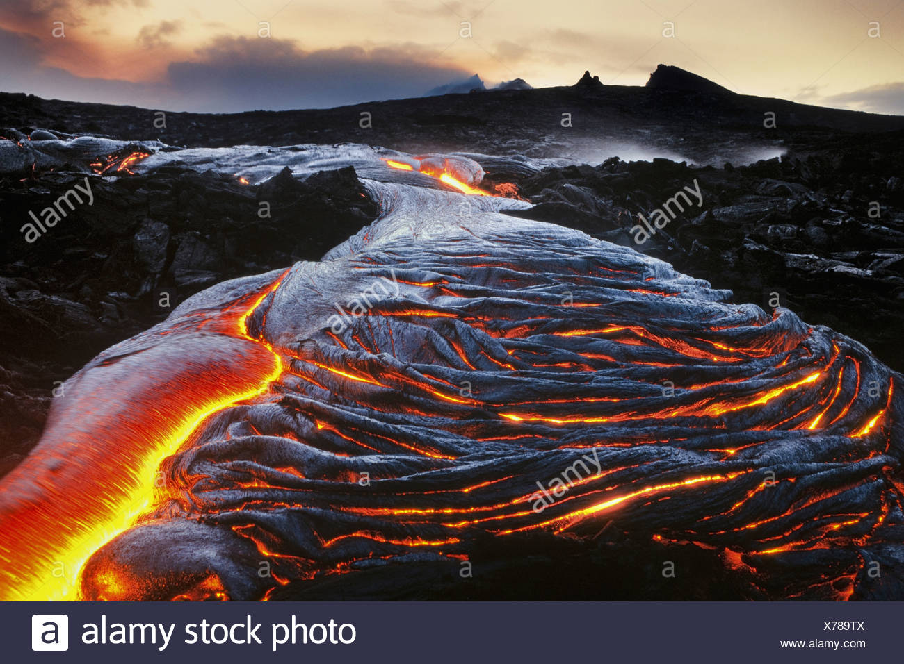 Fließende Lava Hawaii Hawaii Volcanoes National Park Hawaii Hawaii Volcanoes National Park Stockbild