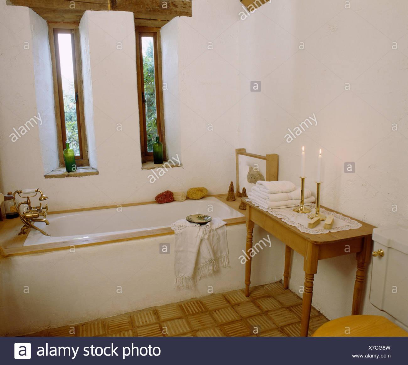 Schmale Fenster oben Bad im Stall Umbau Badezimmer mit ...
