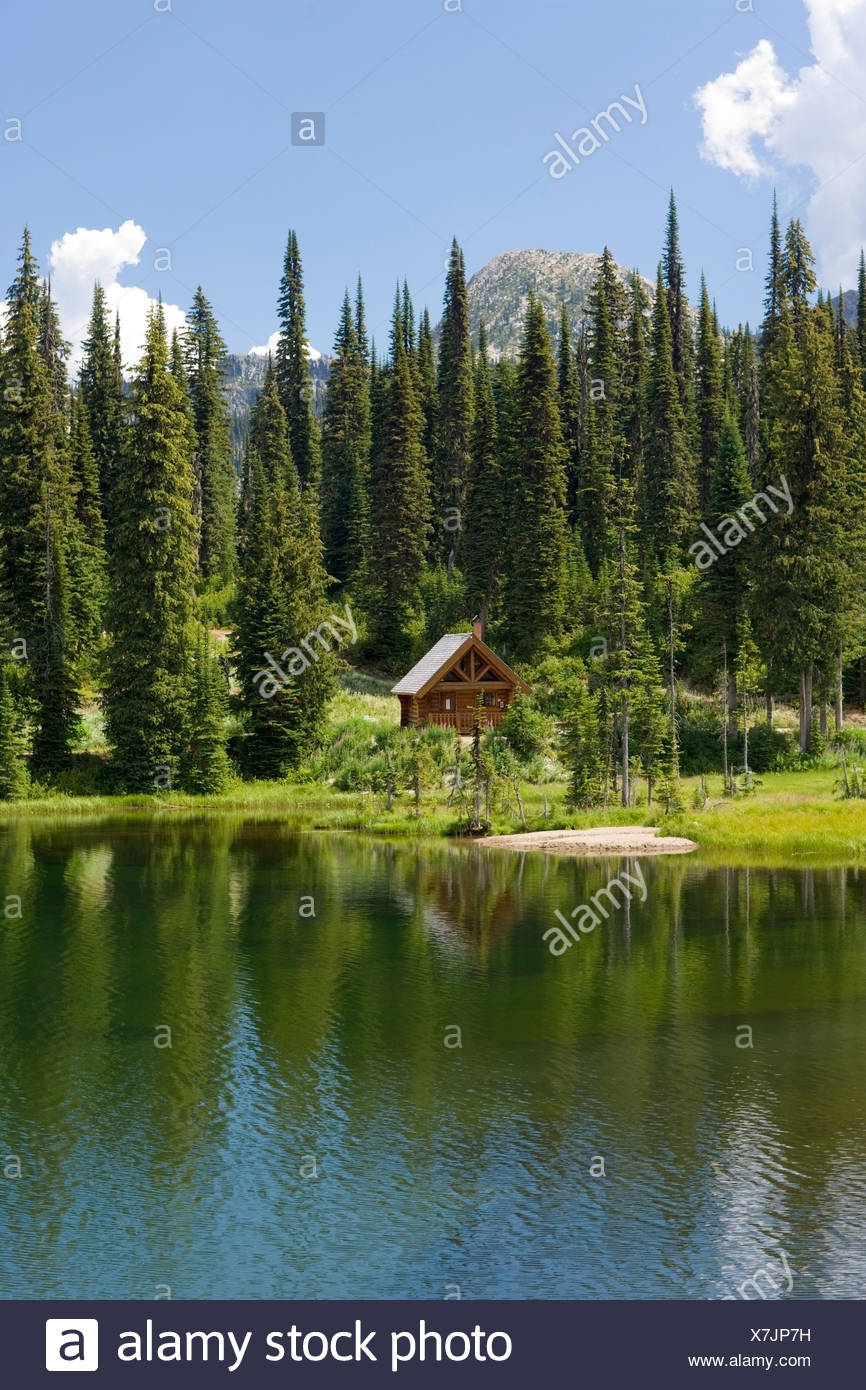 blockhaus am see kootney pass british columbia kanada stockfoto bild 280081077 alamy. Black Bedroom Furniture Sets. Home Design Ideas
