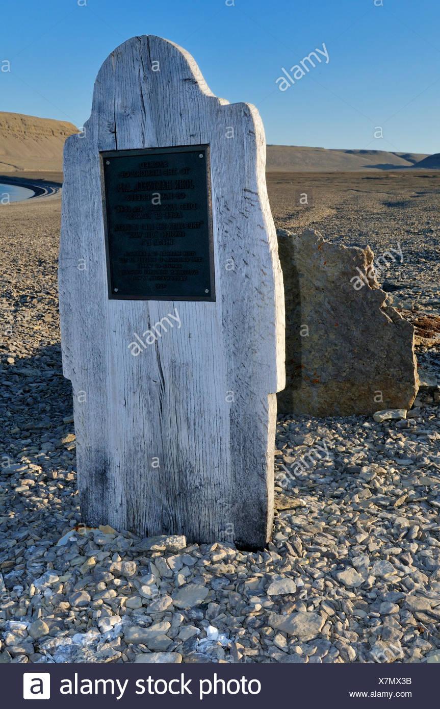 Grab von John Hartnell, Mitglied der berühmten verloren Franklin-Expedition, Beechey Island, Nordwest-Passage, Lancaster Sound Stockbild