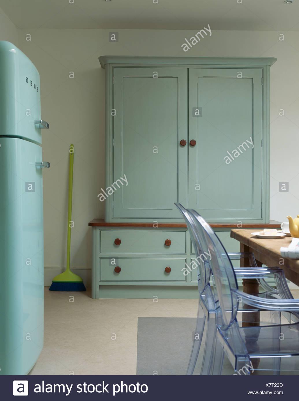 Ausgezeichnet Landhausstil Küche Tische Und Stühle Galerie - Ideen ...