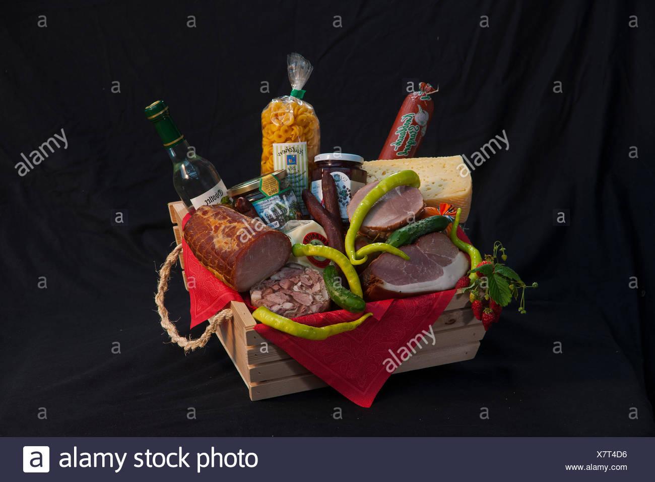 Bayern, Deutschland, Europa, Speisen, Essen, traditionell, Wurst, Fleisch, Käse, Spezialitäten, Lebensmittel, Korb, Stockbild