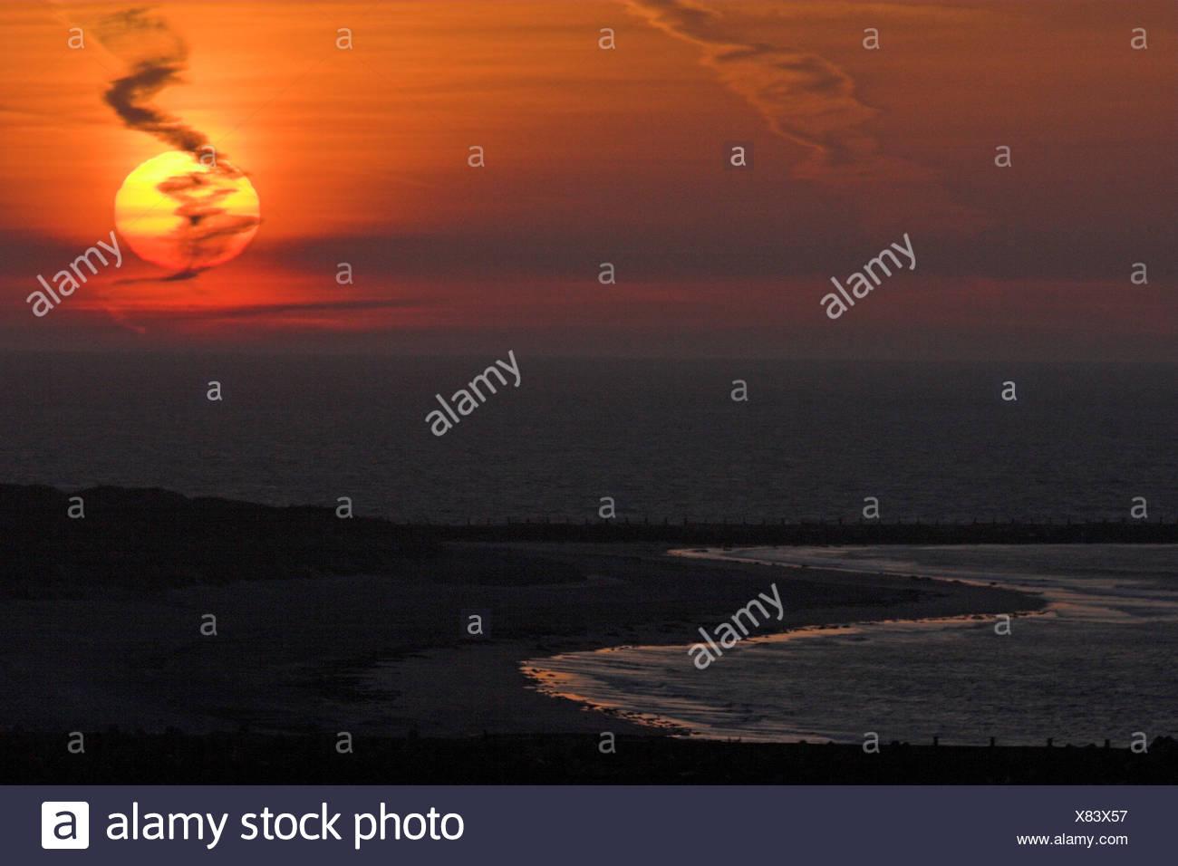 Sunrise Romantik Natur spielen Glut Helgoland Naturstimmung naturimpression Stockbild