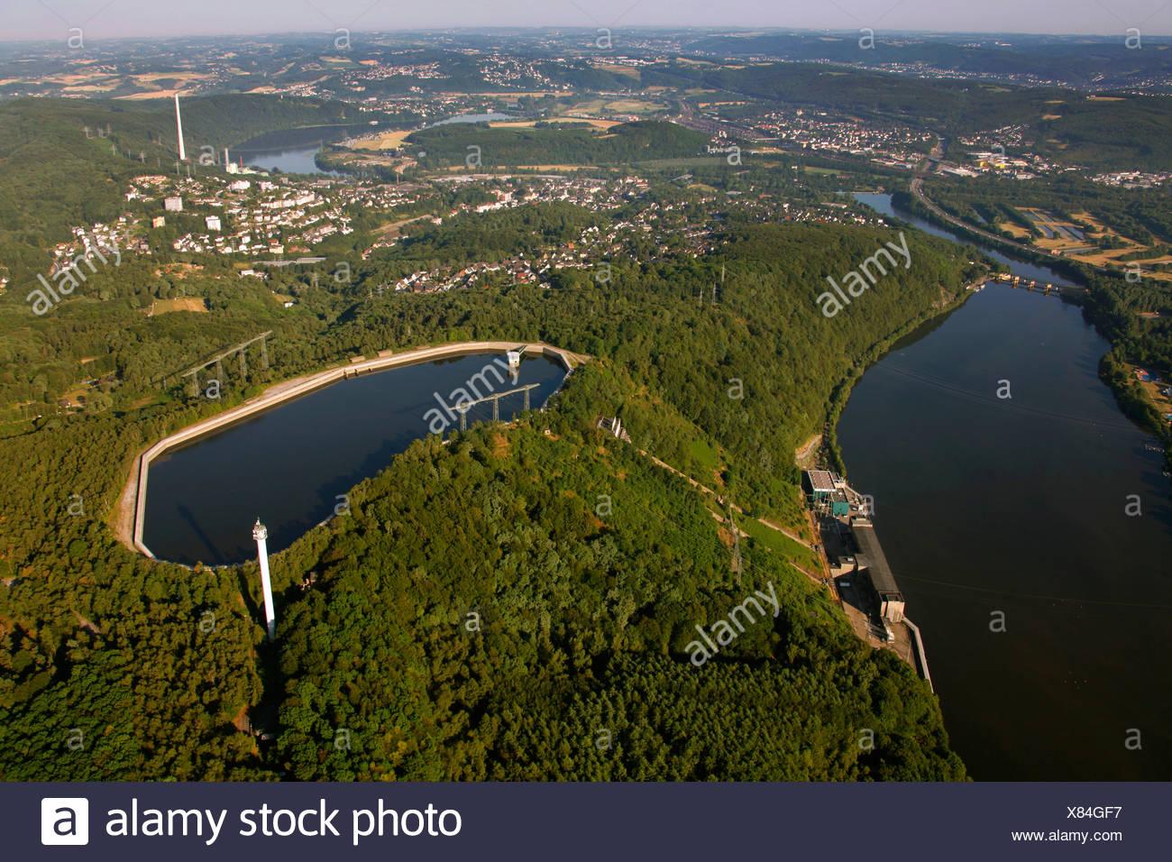 Luftaufnahme, Koepchenwerk Pumpspeicher-Kraftwerk mit Stauseen im Besitz von RWE, ein Deutscher Elektrizitätswerke, Ruhr river Stockbild