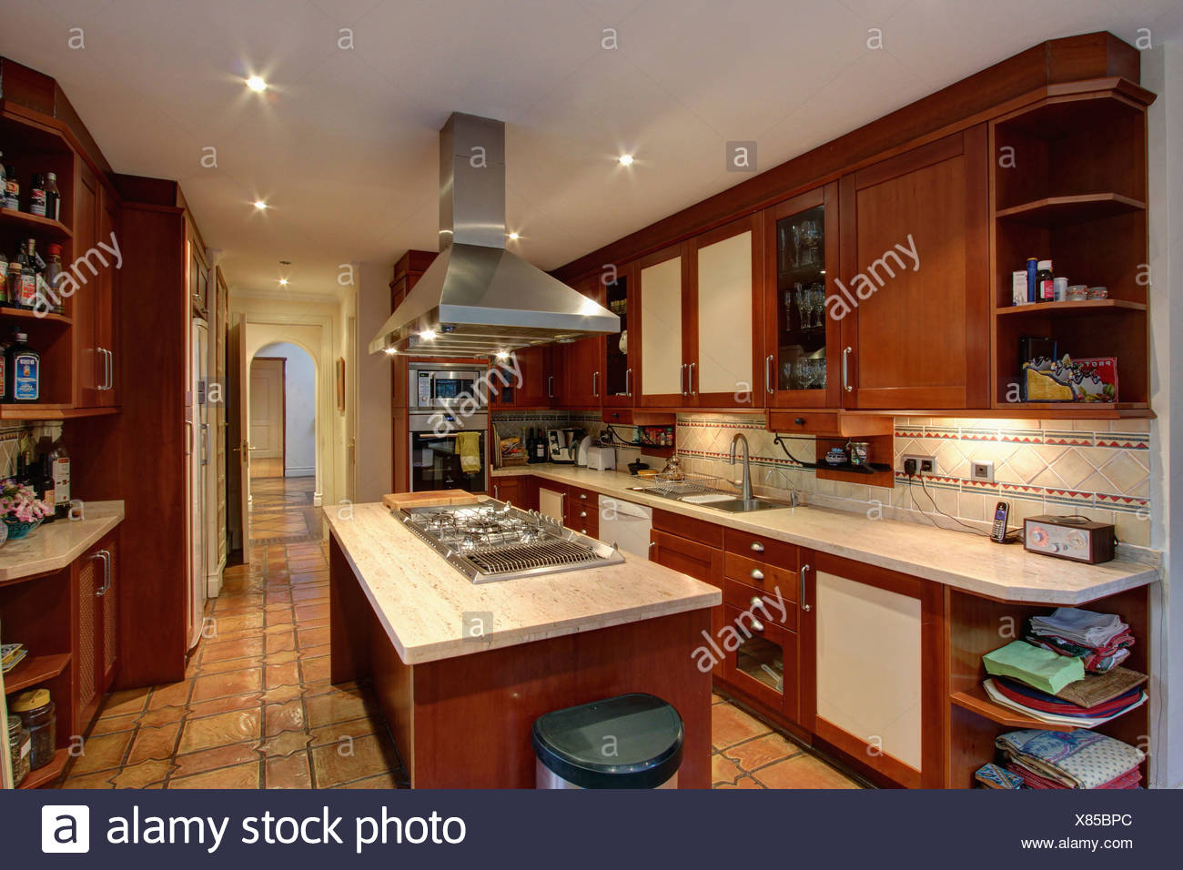 Unit Kitchen Kitchens Domestic Stockfotos & Unit Kitchen Kitchens ...