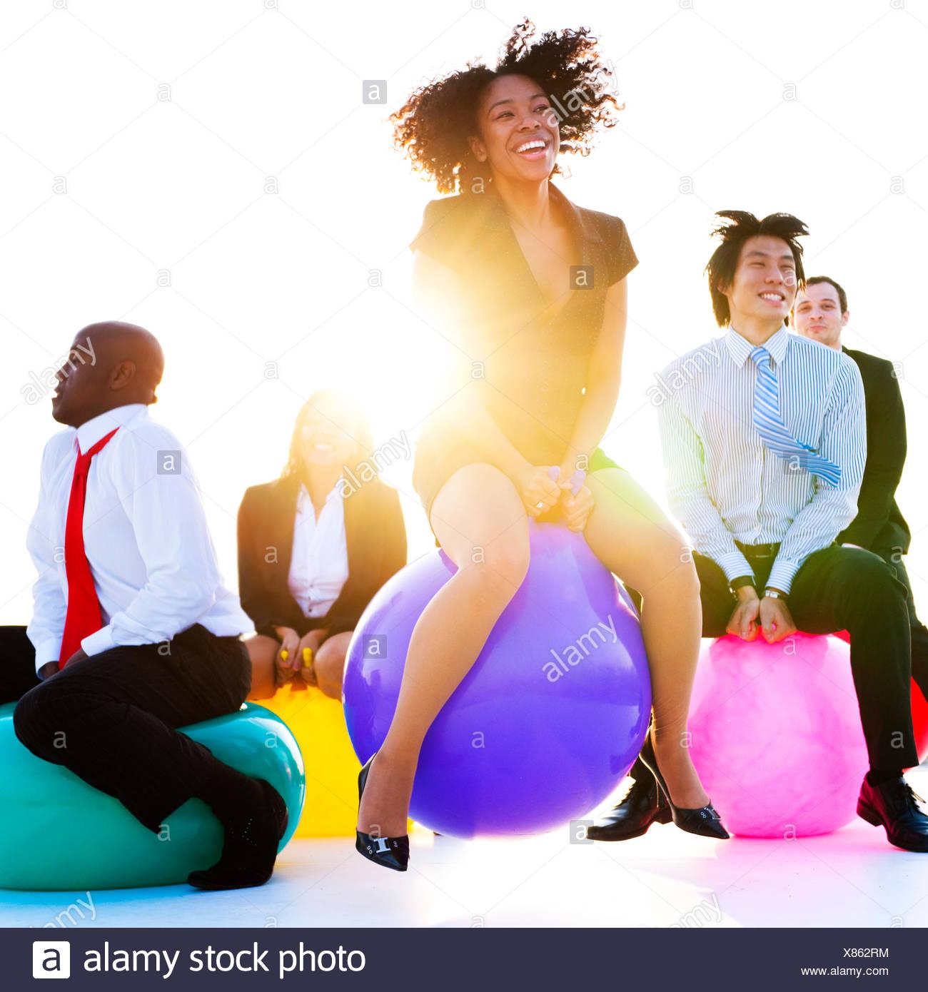 Geschäftsleute, entspannen und haben Spaß-Konzept Stockbild