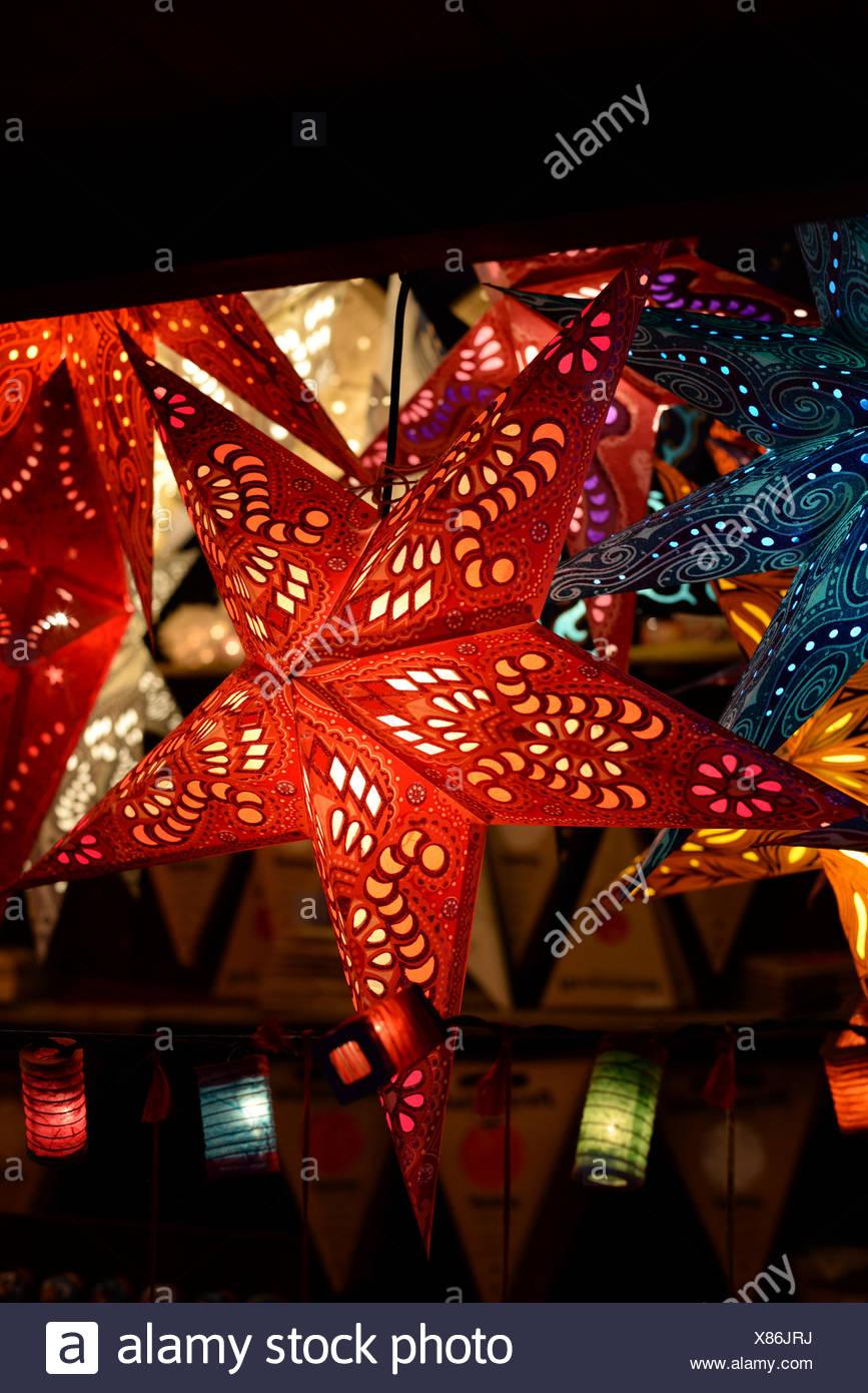 weihnachtssterne weihnachtsstern stern sterne beleuchtung 23 pretty stern mit beleuchtung. Black Bedroom Furniture Sets. Home Design Ideas