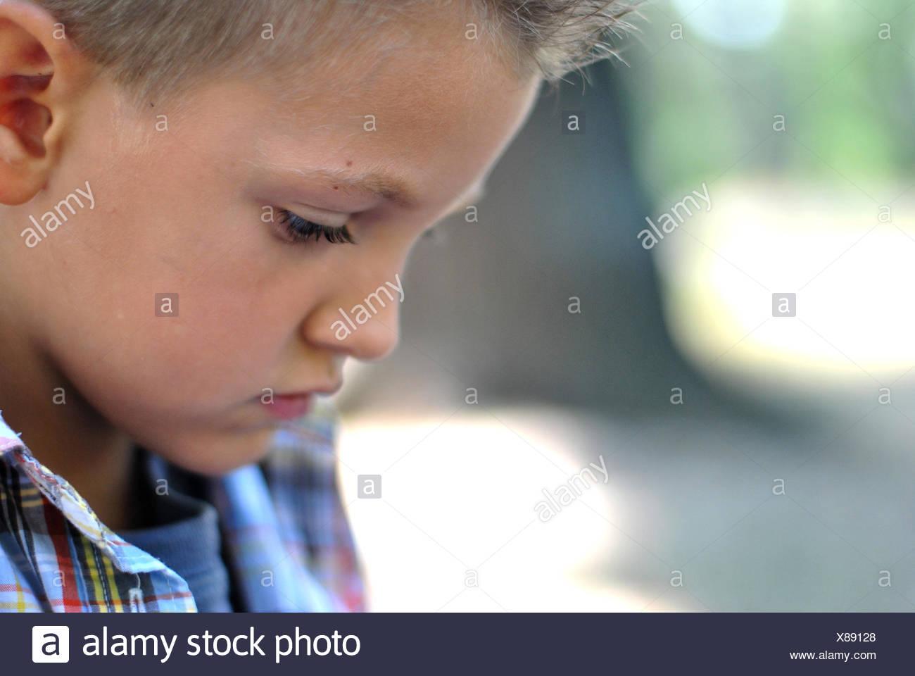 Kopfschuss jungen (6-7) Stockbild