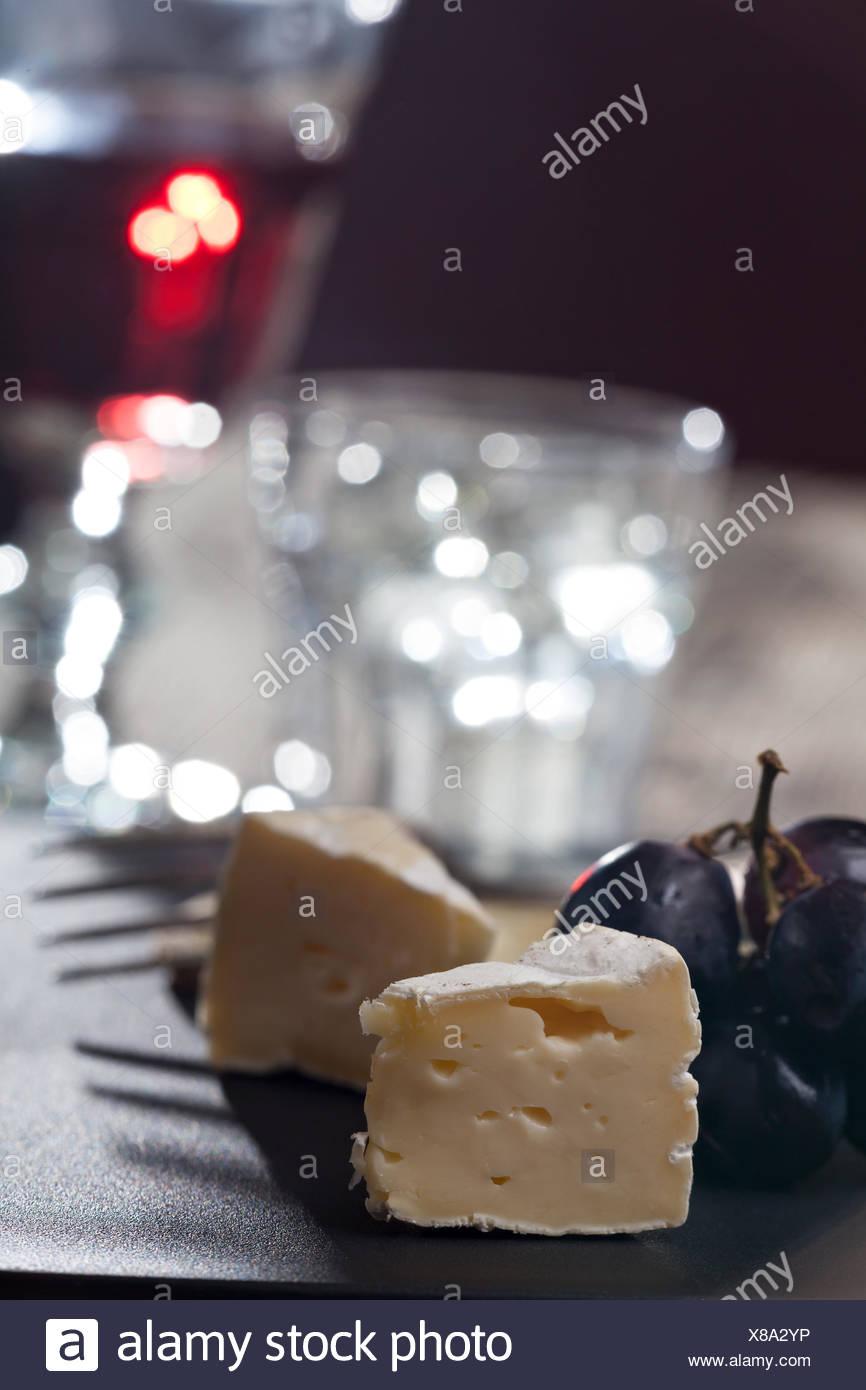 Camembert, Brie Käse Stück Stockbild