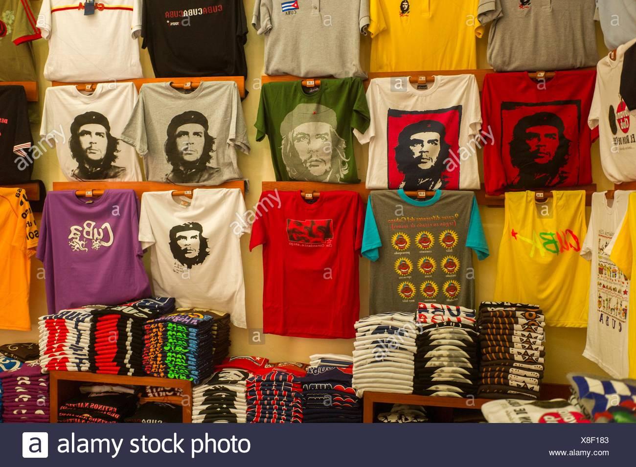 T-Shirts mit Bildern von Che Guevara in Cienfuegos, Kuba. Stockbild