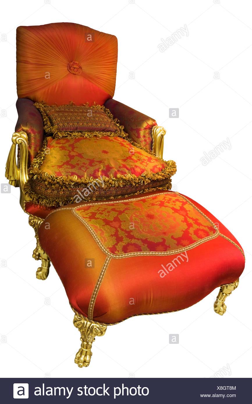 Gold Chair Stockfotos & Gold Chair Bilder - Seite 4 - Alamy