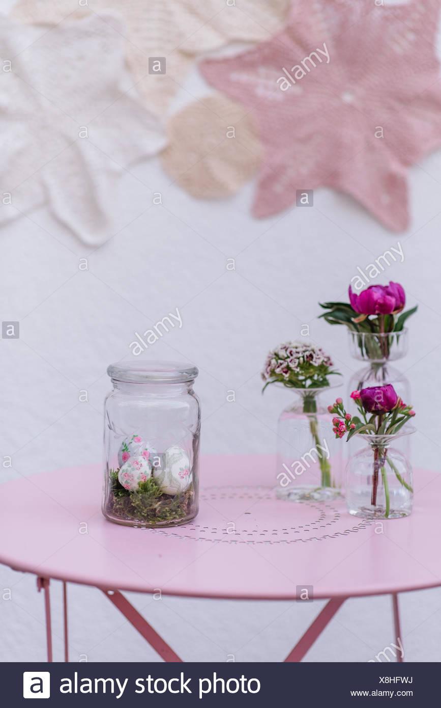 Ostern Dekoration Glas Eier Blumen Stockfoto Bild 280668798 Alamy