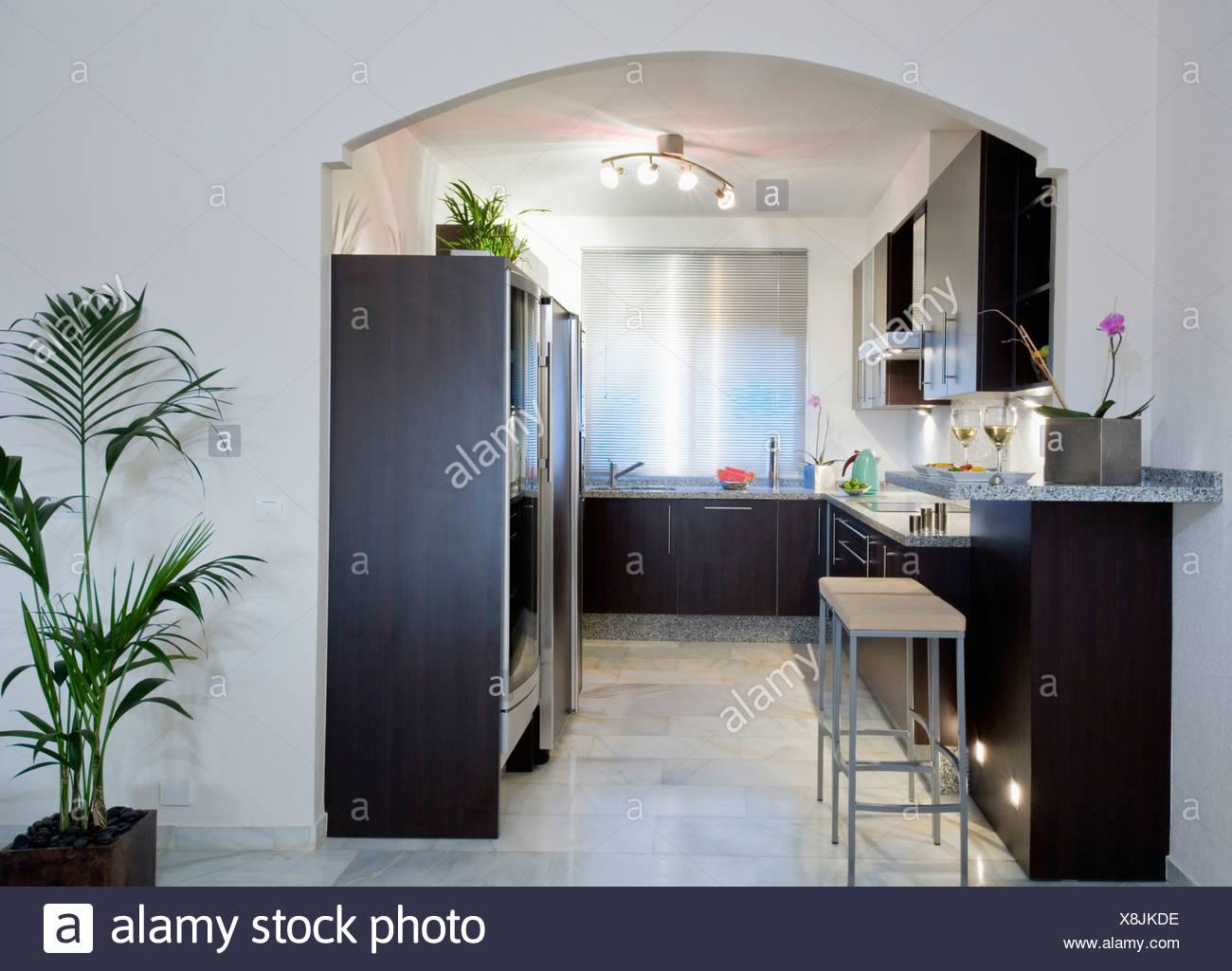 Gemütlich Pantry Küche Beleuchtung Layout Zeitgenössisch - Ideen Für ...