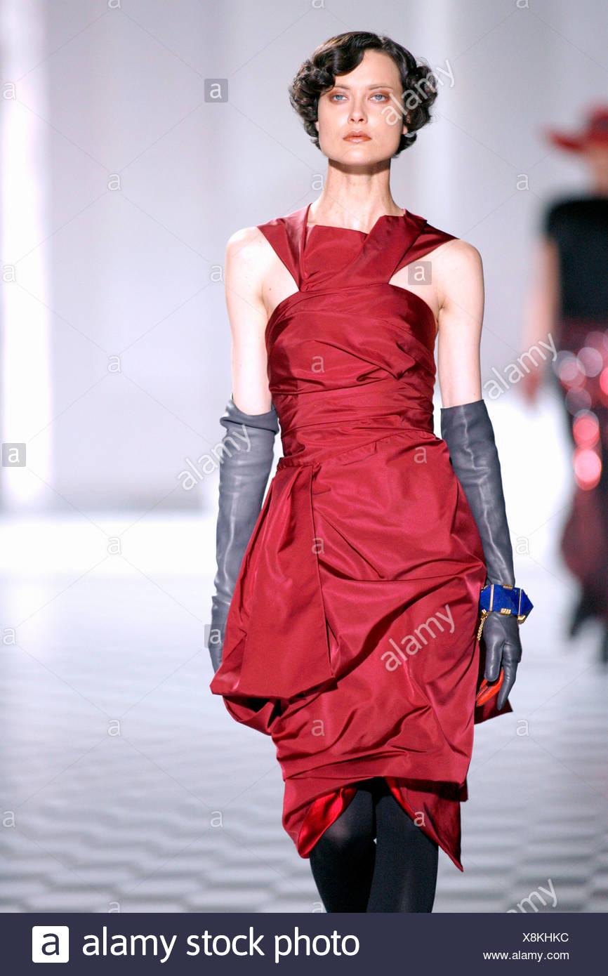 Neckholder kleid seide