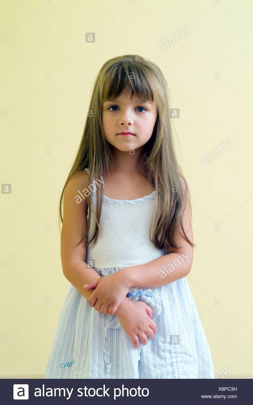 Tolle Jungen Partykleid Bilder - Hochzeit Kleid Stile Ideen ...