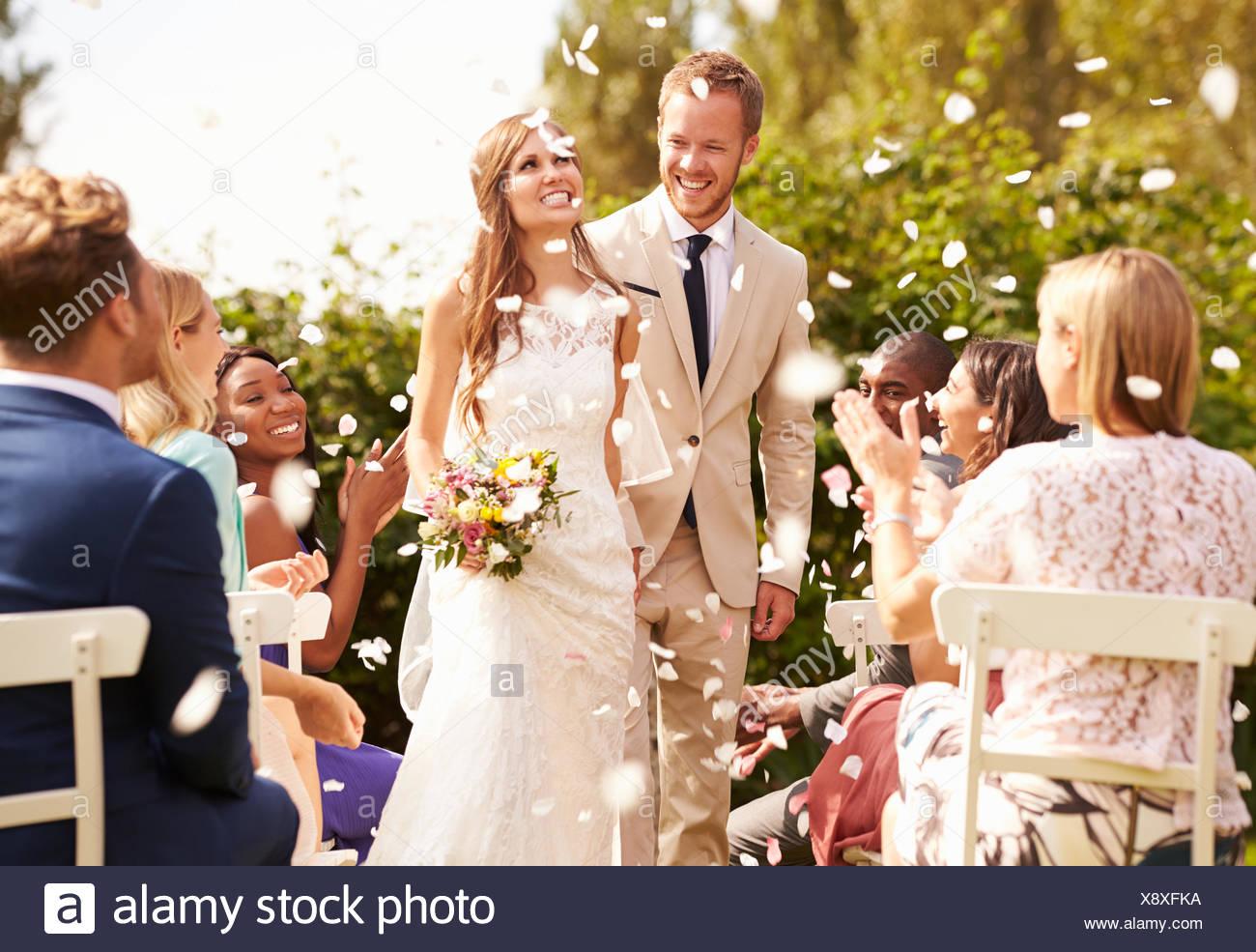 Großartig Indian Braut Und Bräutigam Kleider Bilder - Brautkleider ...